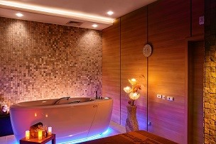 Whirlpool bathtub Alpha Deluxe | Lucky Bansko SPA & Relax