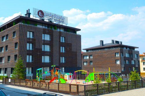 Aparthotel, playground