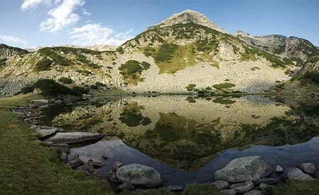 Climbing Muratov peak