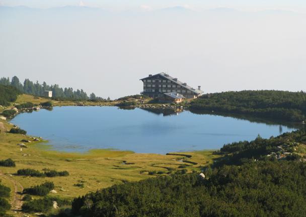 Polezhan Peak